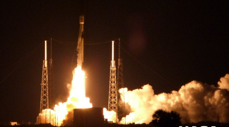 Block 5, Falcon 9, SpaceX, Elon Musk, satelita, Block, pierwszy stopień, Merah Putih