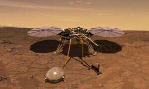 Lądownik NASA znajduje się w połowie drogi na Marsa