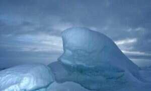 Pod arktycznym lodem znajduje się spore źródło ciepła