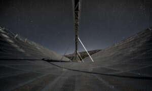 Tajemnicza siła wysyła w kierunku Ziemi fale radiowe