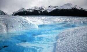 Lód morski na Arktyce zaczyna się rozpadać