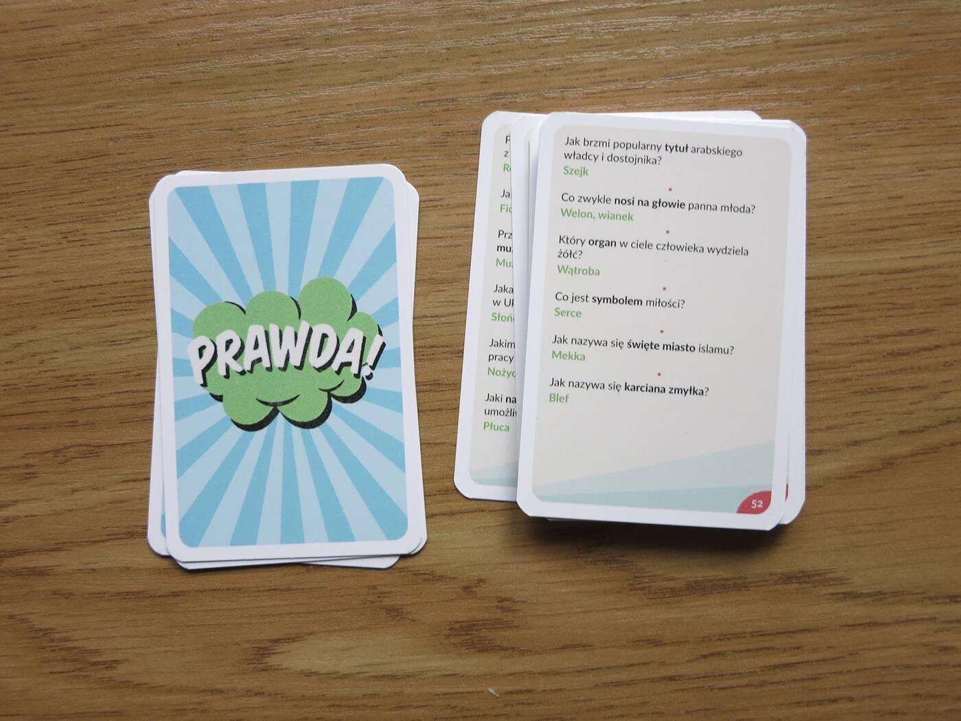 gra pomyłek karty