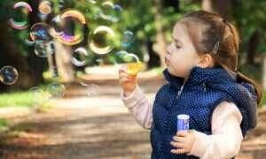 Granie na tabletach z rodzicami jest korzystne dla dzieci?