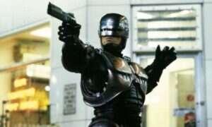 Czy Peter Weller ponownie zagra Robocopa?