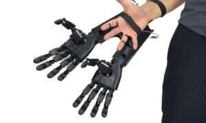 Bioniczna, wydrukowana w 3D ręka zachwyca realizmem
