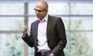 CEO Microsoftu sprzedał część akcji firmy