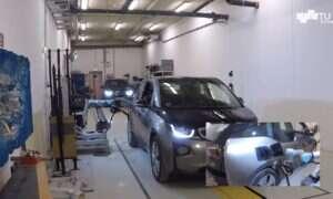 Powstała automatyczna stacja ładowania elektrycznych samochodów