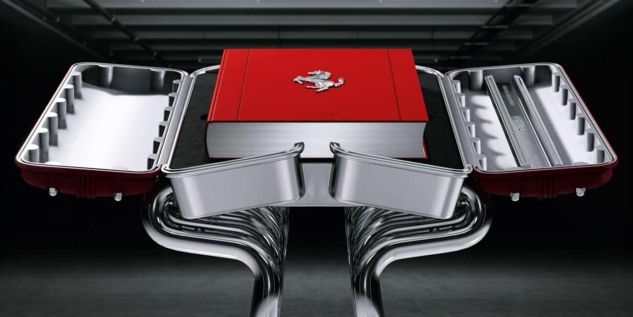 Ferrari, książka, gablota, 1947 rok, założenie, przedmiot kolekcjonerski, samochody