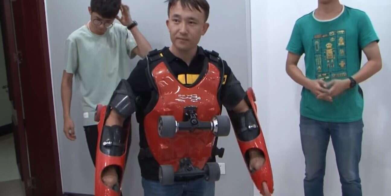Chiny, człowiek-deskorolka, kombinezon, szaleństwo, iron-man