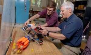 Autonomiczny robot poluje na inwazyjne skrzydlice