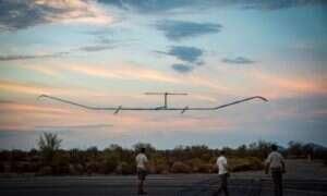 Zasilany promieniami słonecznymi dron pobił rekord najdłuższego lotu
