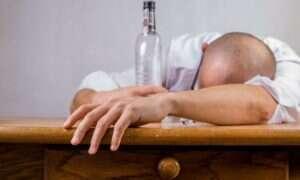 Za ile zgonów na całym świecie odpowiada alkohol?