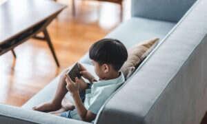 Chiny ograniczają gry wideo, aby walczyć z wadami wzroku dzieci