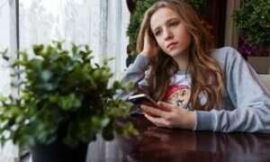 Nie uwierzycie ile nastolatków posiada smartfona