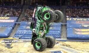Mijają lata, a monster trucki nadal serwują nam solidny opad szczęki