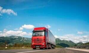 Mercedes-Benz Actros to półautomatyczne ciężarówki piątej generacji