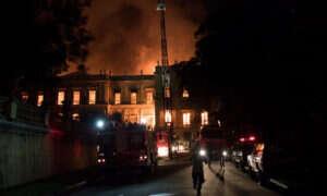 Pożar w brazylijskim muzeum strawił miliony drogocennych eksponatów