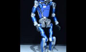 Poznajcie TORO – humanoidalnego robota, który uczy się utrzymywać równowagę