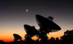 Sztuczna inteligencja analizuje tajemnicze pozaziemskie sygnały