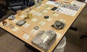 Gejzer w Yellowstone wyrzucił w powietrze kilkudziesięcioletnie śmieci