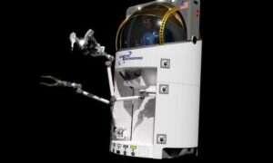 Jednoosobowy statek może rozwiązać problem spacerów kosmicznych