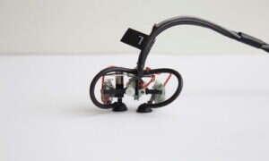 Skinbot to niewielki robot, który jest w stanie prześlizgnąć się po całym ciele