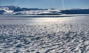 Pod lodem Antarktydy znajduje się tajemnicze źródło ciepła