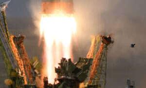 Rosja wyjaśnia problemy z rakietą Sojuz