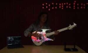 Modyfikacja unikatowej gitary zapewniła jej niespotykany blask