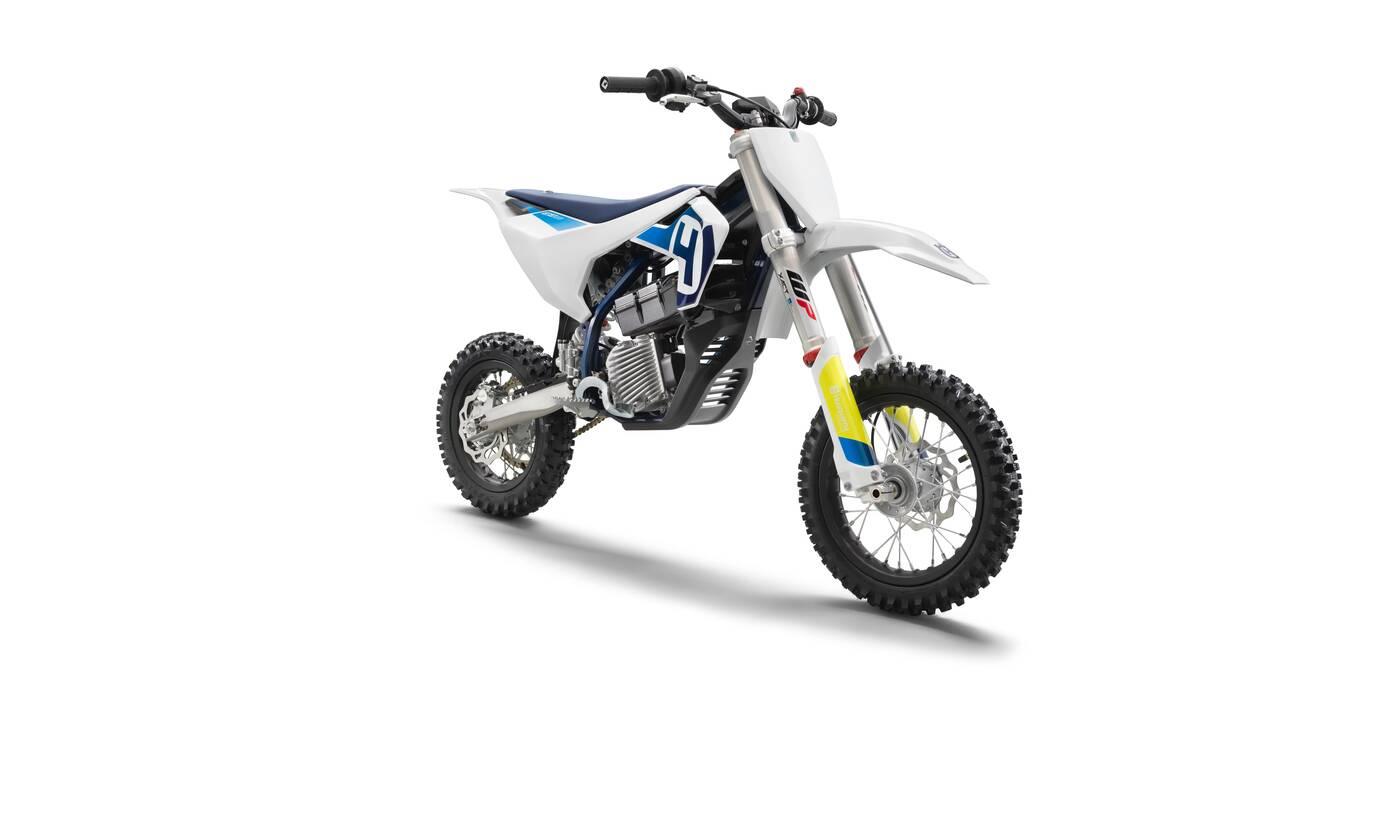 Husqvarna zaprezentowała swój pierwszy elektryczny motocykl EE 5