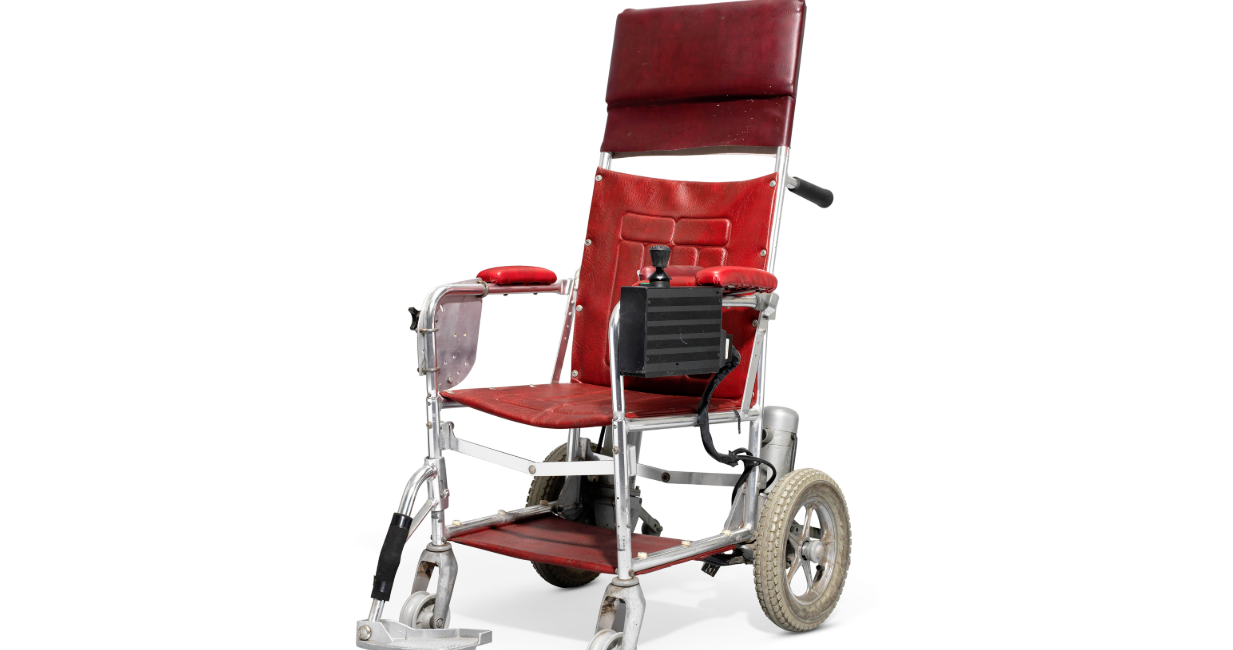 Stephen Hawking, aukcja rzeczy Stephen Hawking, wózek inwalidzki Stephen Hawking, wózek Stephen Hawking, rzeczy Stephen Hawking,