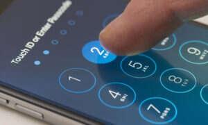 Pewna firma może uzyskać dostęp do wszystkich danych na iPhone