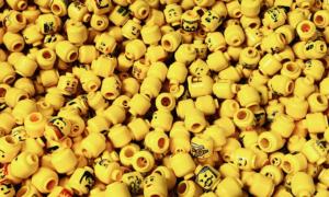 Ile zajmuje wydalenie zjedzonej główki ludzika Lego?