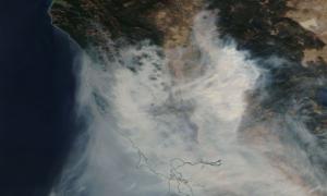 Te 6 zdjęć ukazuje skalę pożarów w Kalifornii