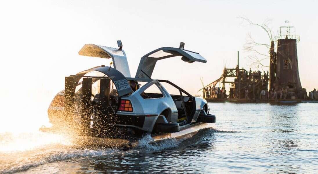 poduszkowiec DeLorean z Powrotu do przyszłości