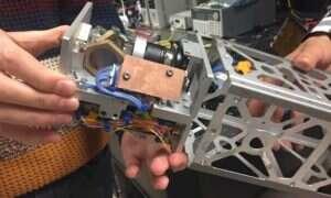 CubeSat wykorzysta system laserów do efektywnego przesyłania danych