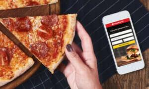 Zamawiasz jedzenie online? Najwygodniej zrobisz to dzięki aplikacji mobilnej