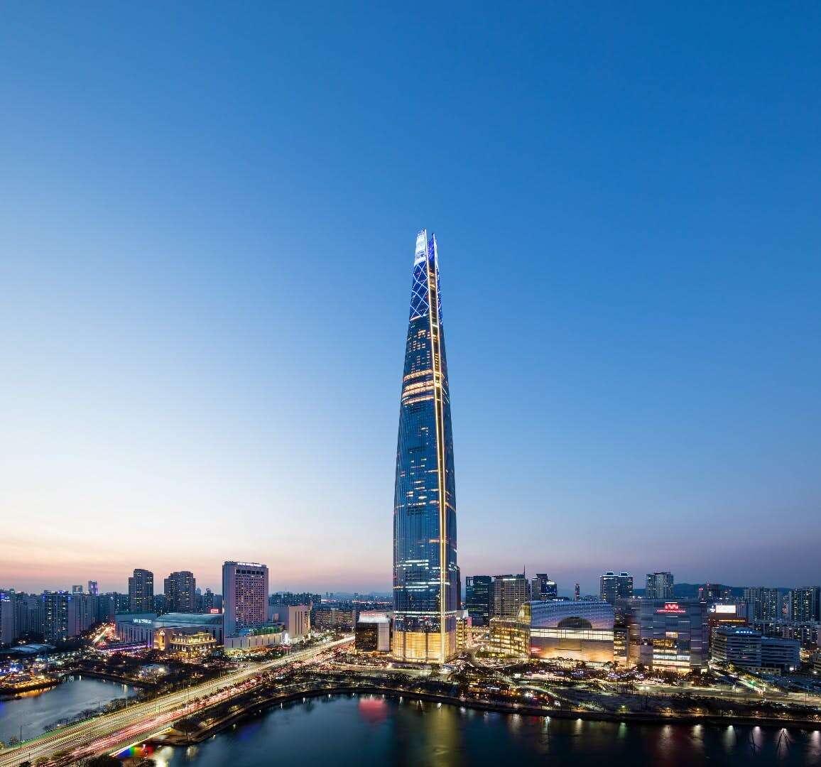 wieżowiec, najlepszy wieżowiec, wieżowiec 2018 roku, wieżowiec Lotte World Tower