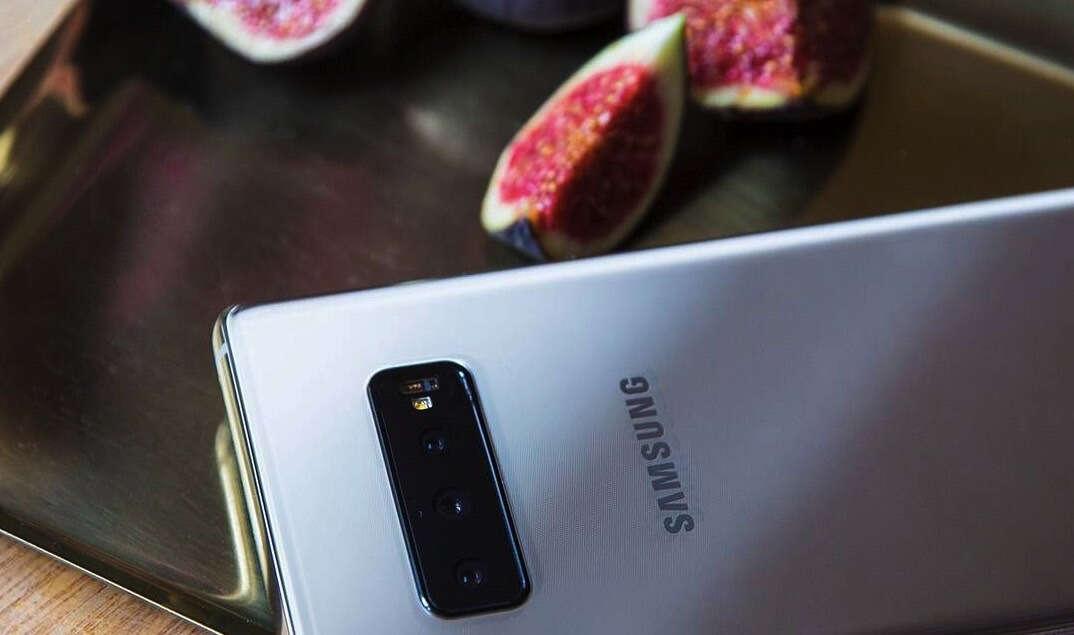 ekran w Samsungu Galaxy S10+, Samsung Galaxy S10+, Galaxy S10+, ekran Galaxy S10+, wyświetlacz Galaxy S10+