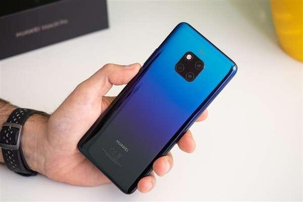 Huawei Mate 20 Pro, środek Huawei Mate 20 Pro, wygląd Huawei Mate 20 Pro, wnętrzności Huawei Mate 20 Pro