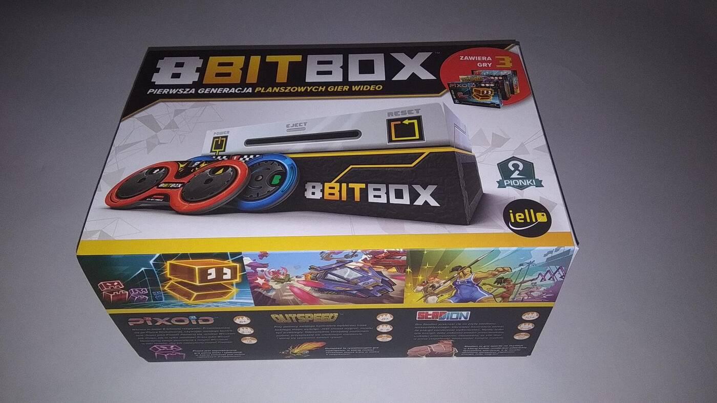 8bit Box pudło