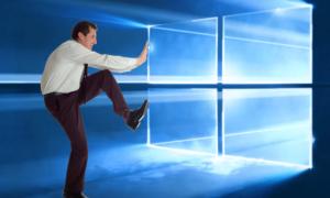 """Microsoft wciska """"na siłę"""" aktualizacje Windows 10"""