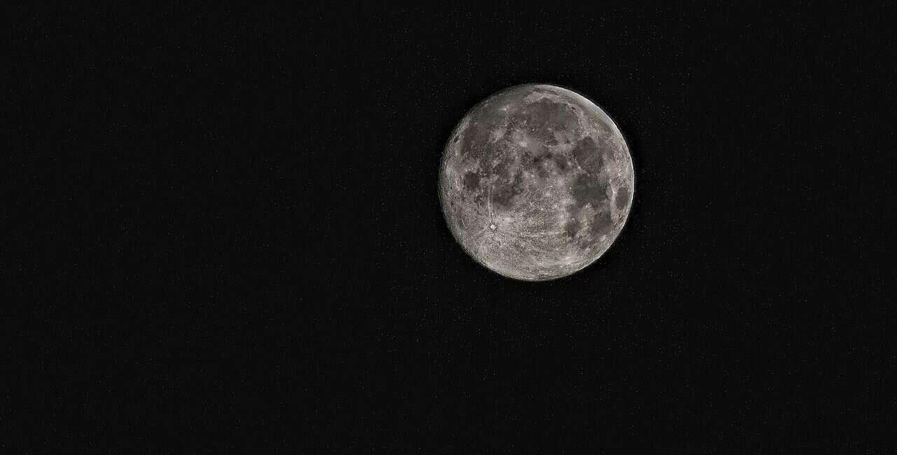 Księżyc, zdjęcie Księżyc, nasa Księżyc, krater Księżyc, fotka Księżyc,
