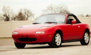 Praktycznie fabrycznie nowa Mazda Miata z 1990 do kupienia