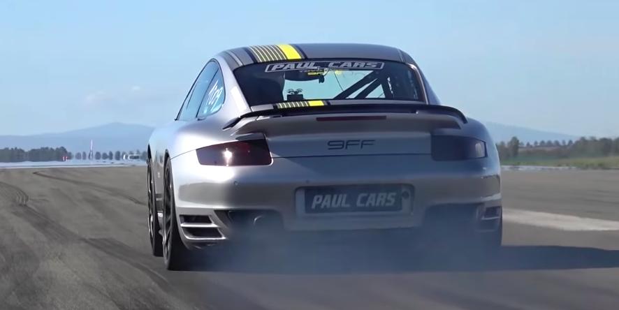 Porsche 911 Turbo z 1600 KM silnikiem zawitało na tor