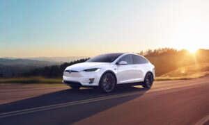 W 2020 produkcja samochodów elektrycznych ma być tańsza od produkcji tych tradycyjnych