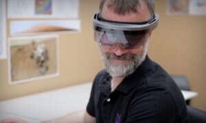 Produkcja gogli HoloLens będzie tańsza dzięki temu patentowi