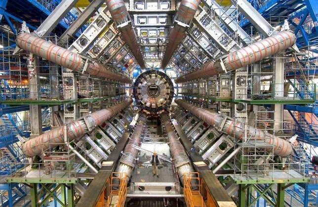 CERN, Future Circular Collider, zderzacz, nowy zderzacz cząstek