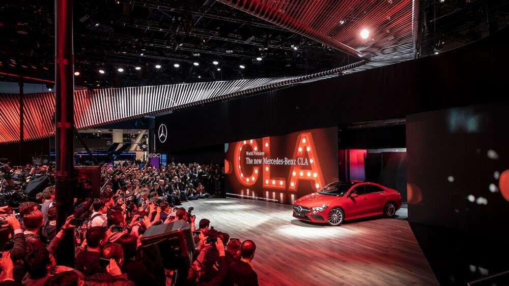 Autonomiczny minibus i nowy CLA Coupe od Mercedesa