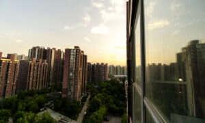 Pekin wykorzystuje inteligentne zamki do wykrywania twarzy